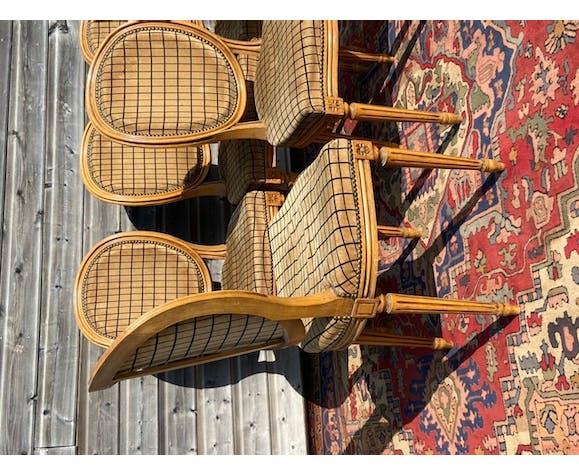 Suite de six chaises médaillon de style Louis XVI