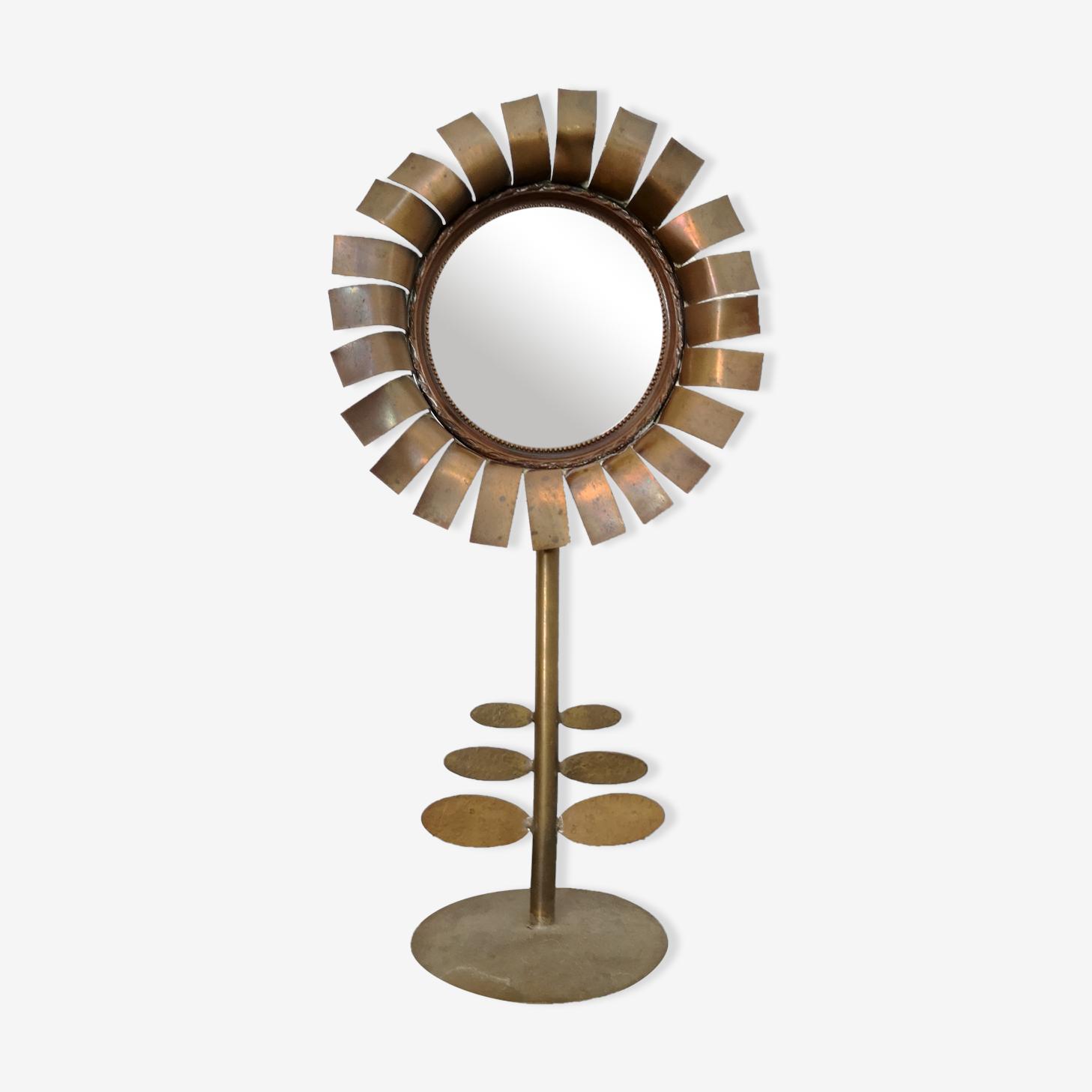 Miroir ancien en laiton, forme fleur, 9.5cm