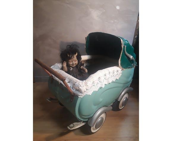 Landeau de poupée vintage 1940 a 50      ; h70x80x45 jouet ancien