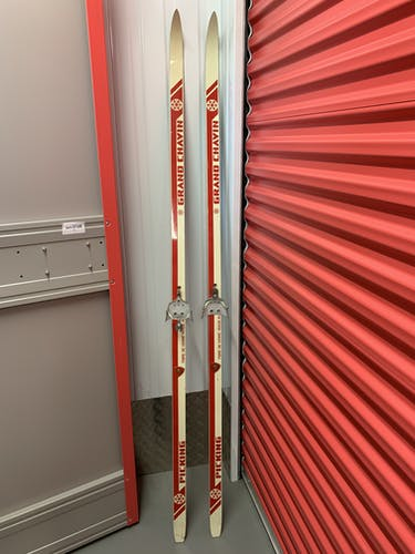 Ancienne paire de skis