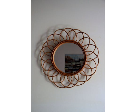 Diane, ancien miroir en rotin ou osier vintage fleur