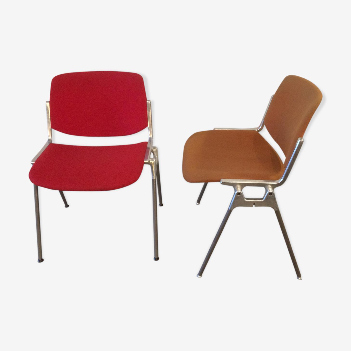 Paire de chaises Piretti