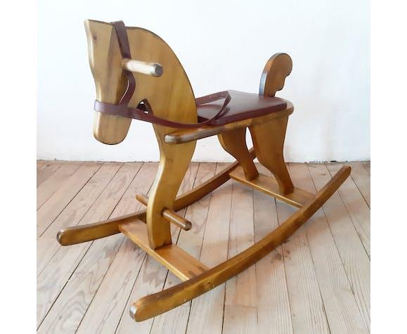 Cheval à bascule vintage en bois