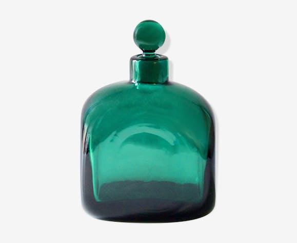 Carafe verte en verre soufflé épais années 60