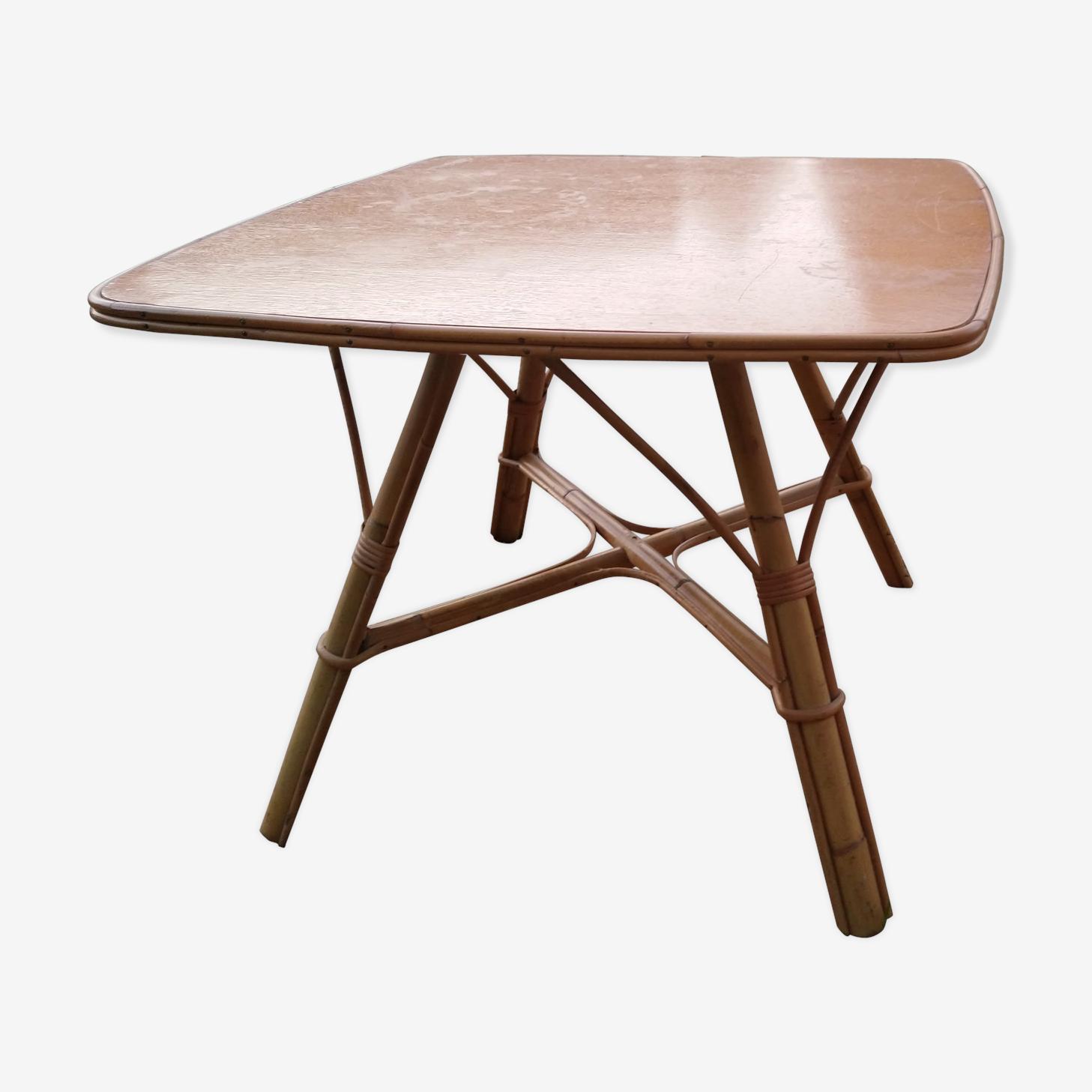 Table basse vintage en rotin 67x67