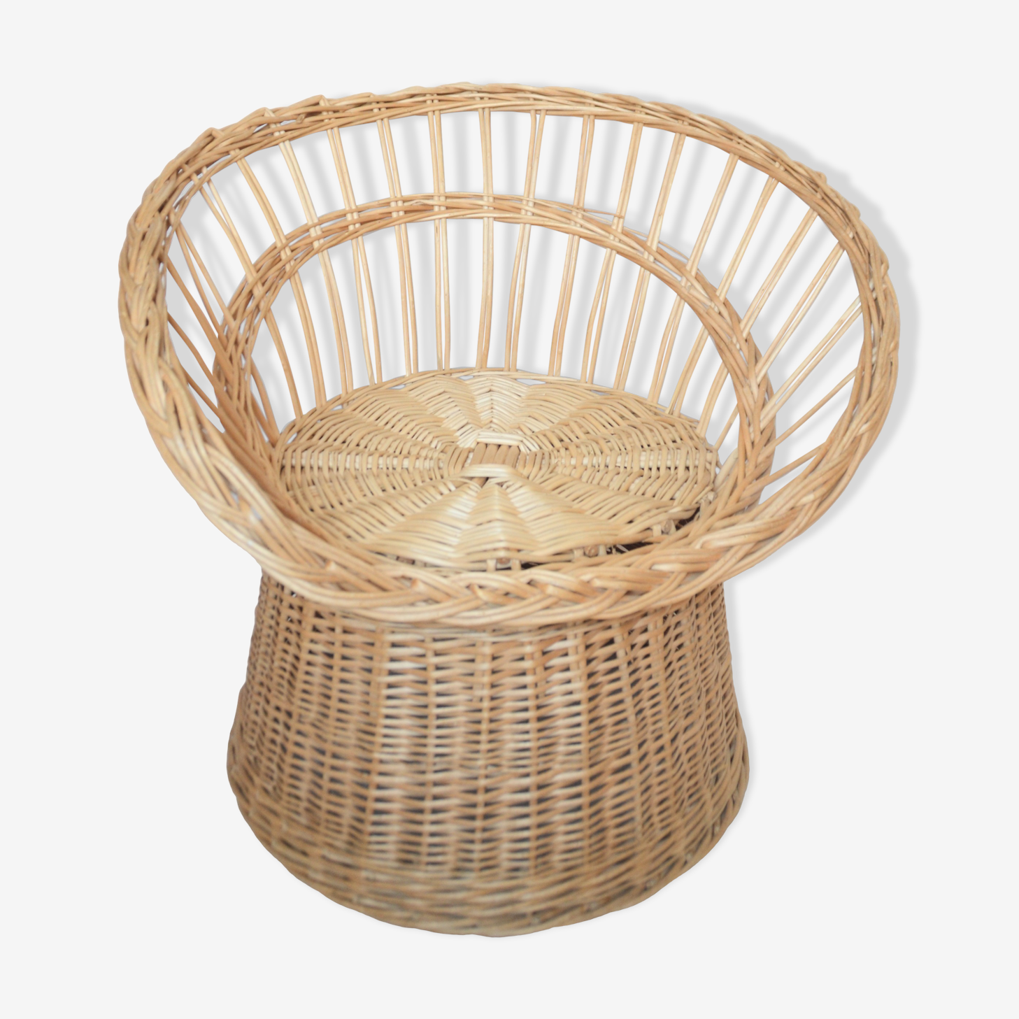 Adult basket rattan chair