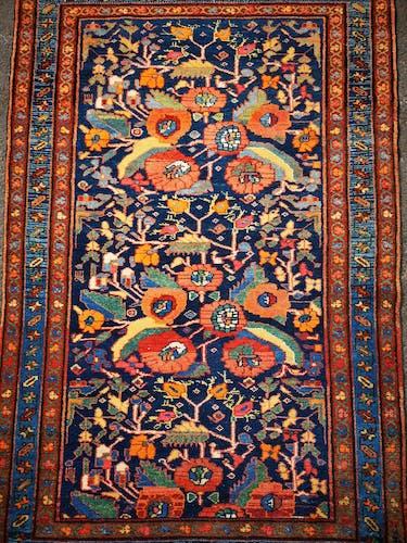 Tapis persan noué main Melayer première moitié XXème 102x105cm