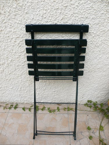 Chaise de jardin pliante en fer