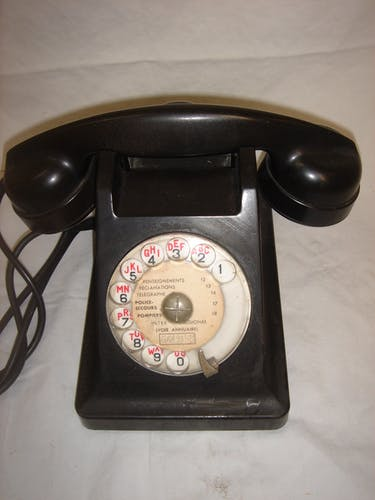 Téléphone bakélite noir de 1940/50