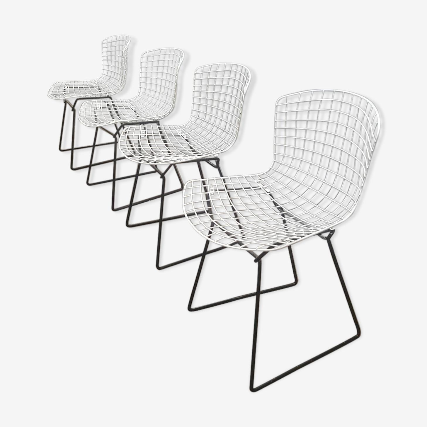 Lot of 4 Bertoia chairs