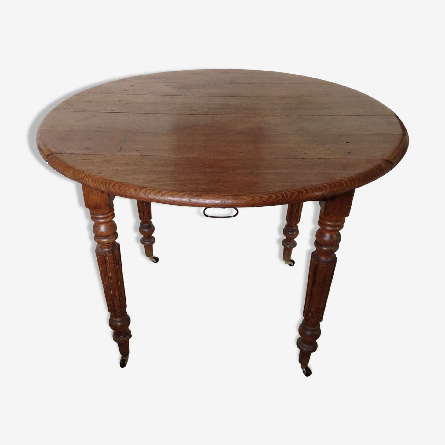 Old round table