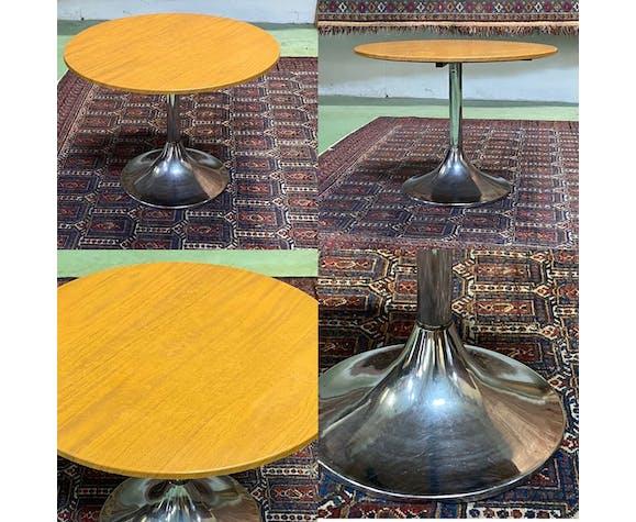 Table basse ronde pied chromé, années 70