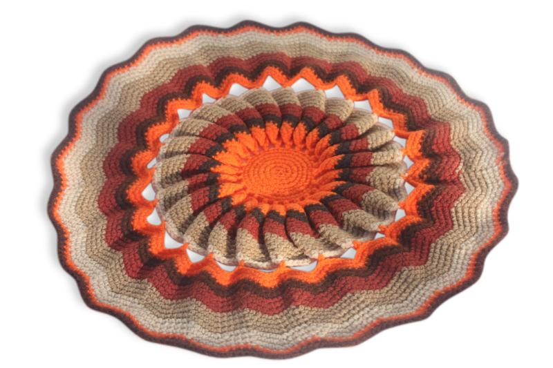 Grand Napperon Au Crochet tout grand napperon en crochet années 70 - tissu - multicolore - vintage