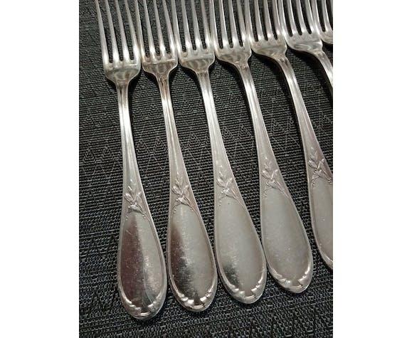 Lot de 8 fourchettes de table métal argenté Ercuis