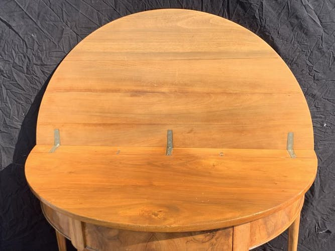 Table demi lune 8pPieds en noyer d'époque Louis XVI
