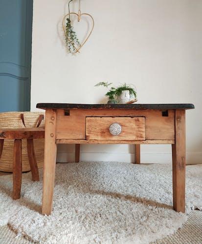 Table de ferme basse un tiroir et plateau patiné noir