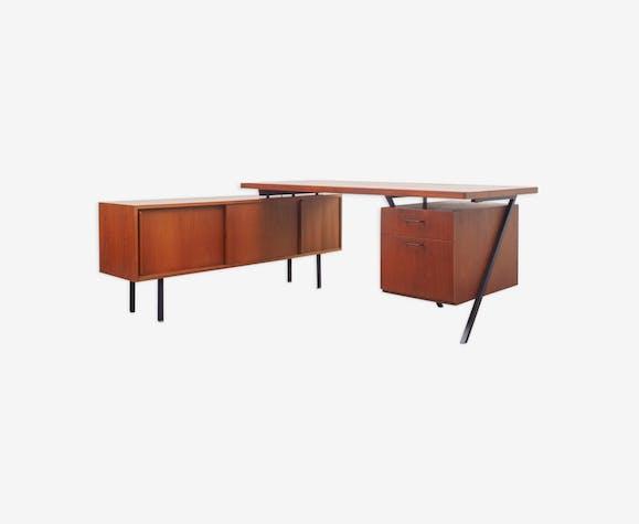 Bureau vintage années 60 forme de l teck bois matériau bois