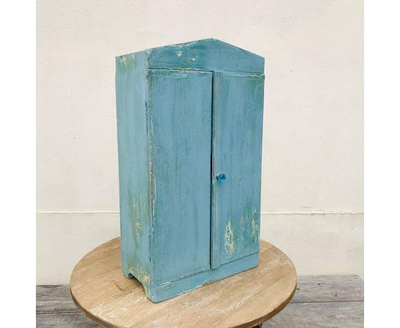 Armoire bleue