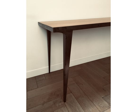 Carusson dining table