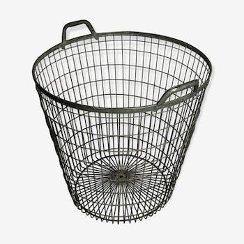 60 ' S old zinc washing basket