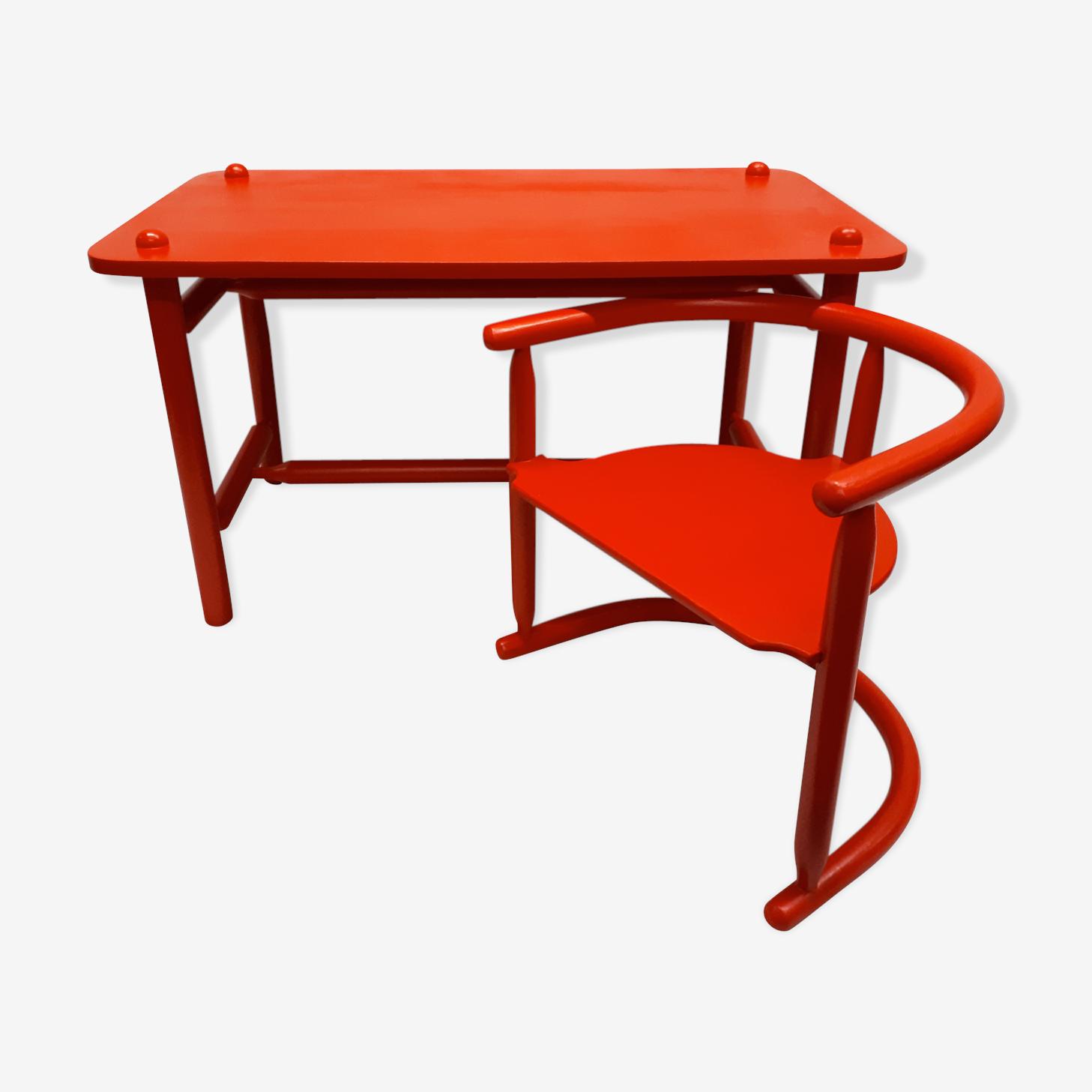 "Table et chaise ""Anna"" par Karin Mobring"