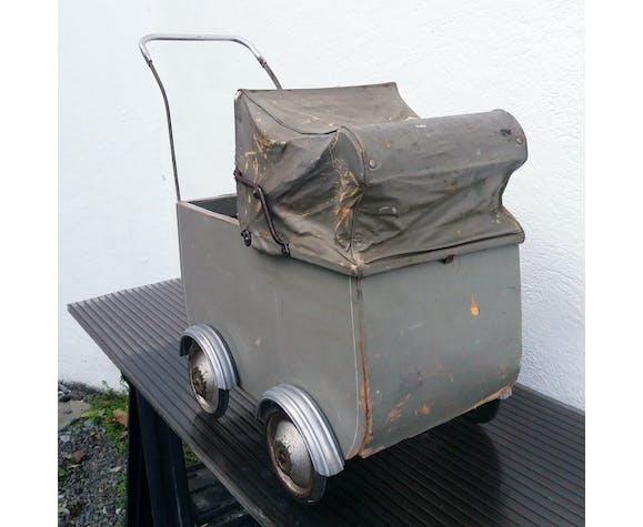 Landau jouet années 40