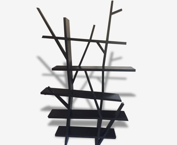 biblioth que en bois massif noir design arbre bois mat riau noir design 119355. Black Bedroom Furniture Sets. Home Design Ideas