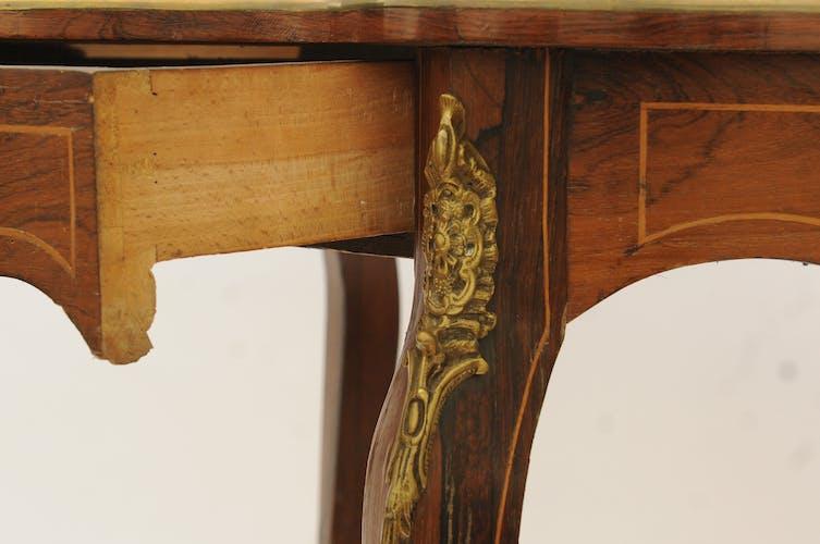 Table violon en marqueterie de style Louis XV