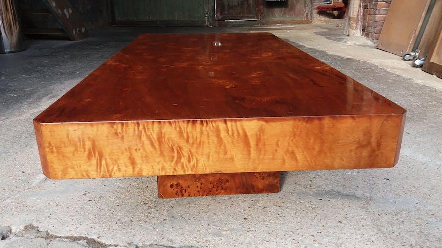 Table basse en loupe d'orme