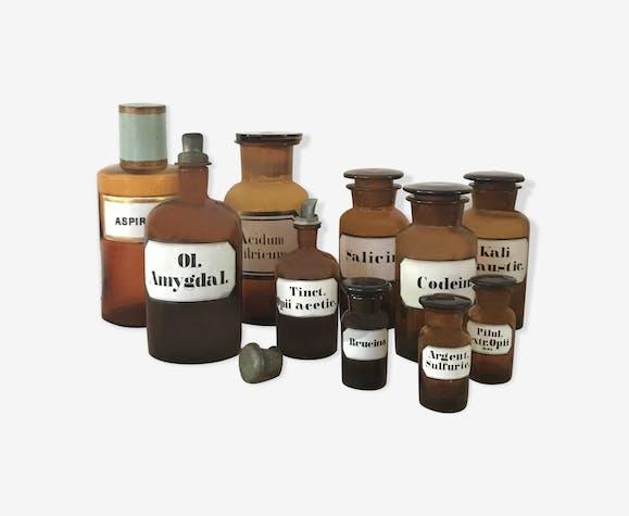 Flacons de pharmacie , lot d'apothicaire