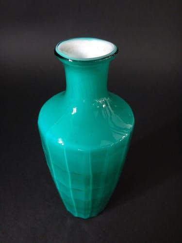 Ancien vase chinois en verre de Pékin début XXème