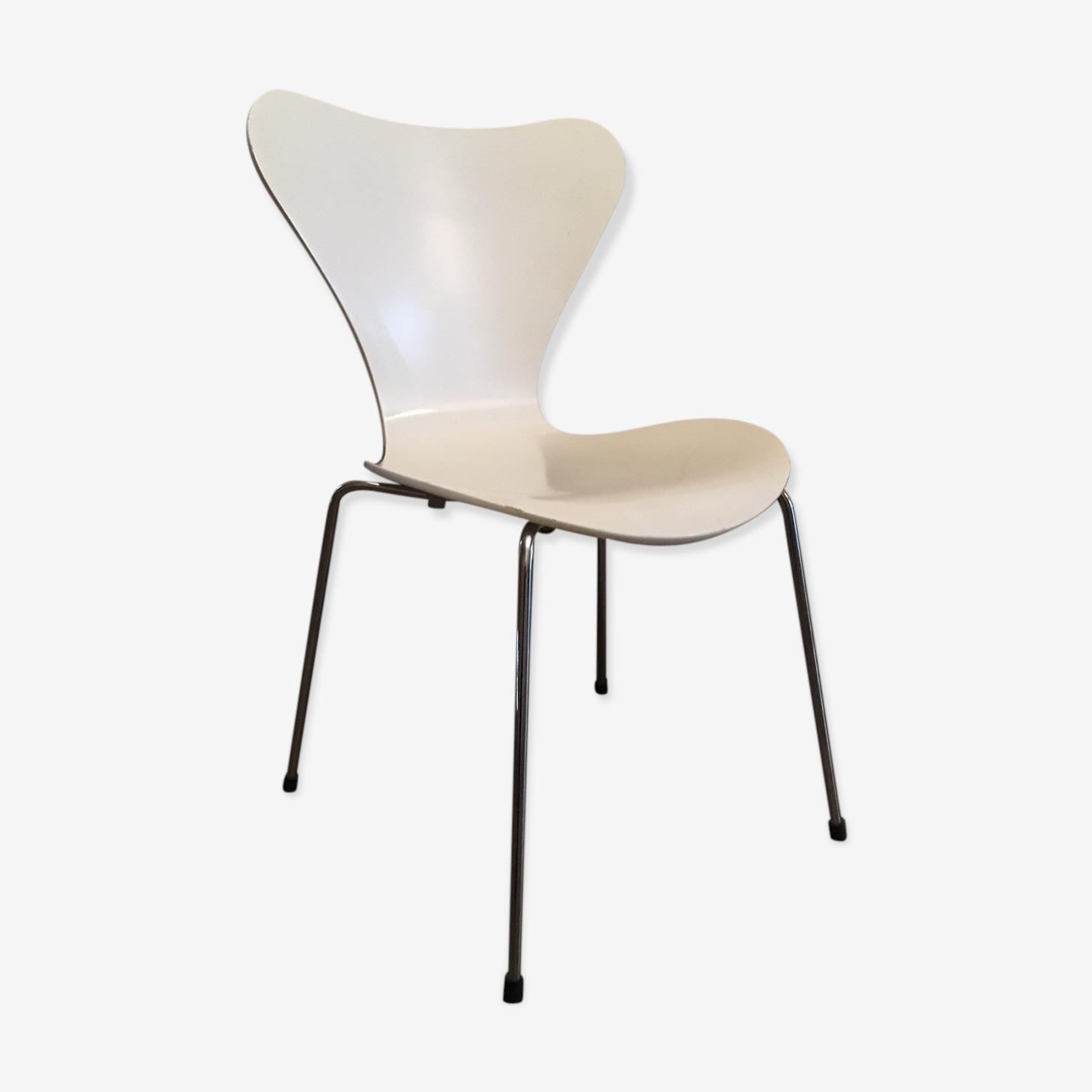 Chair model 3107 Arne Jacobsen for Fritz Hansen