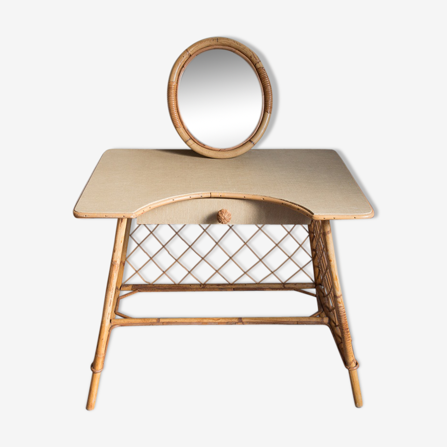Dressing table rattan