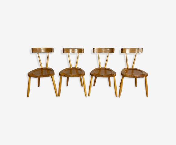 4 chaises à manger brutalistes