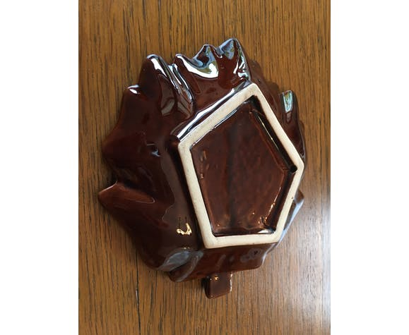 Leaf shape ceramic trinket bowl