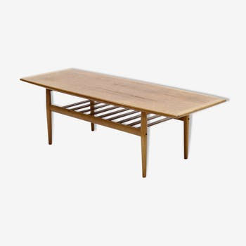 Surfboard coffee table by Grete Jalk for Glostrup 1960