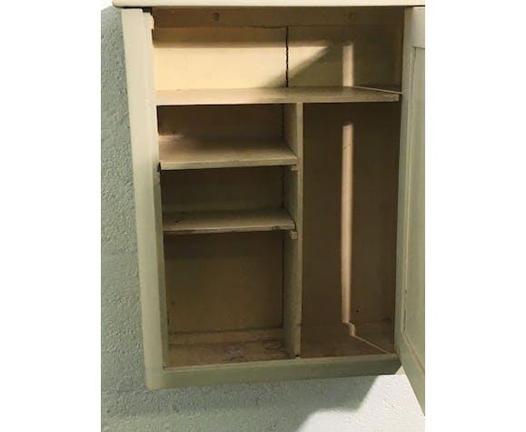 Armoire à pharmacie ancienne en bois