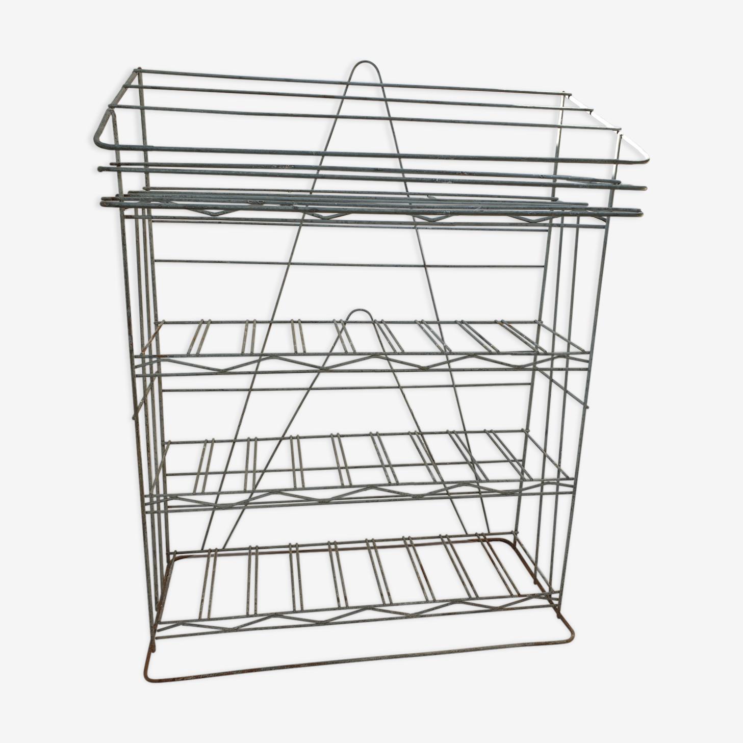 Presentation metal furniture