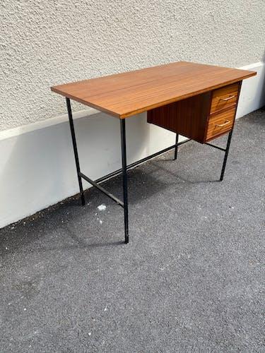 Bureau 1950