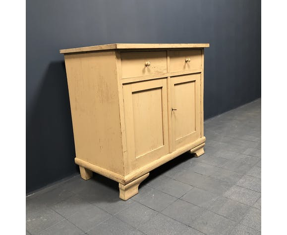 Cream Colored brocante cabinet from the 1950s