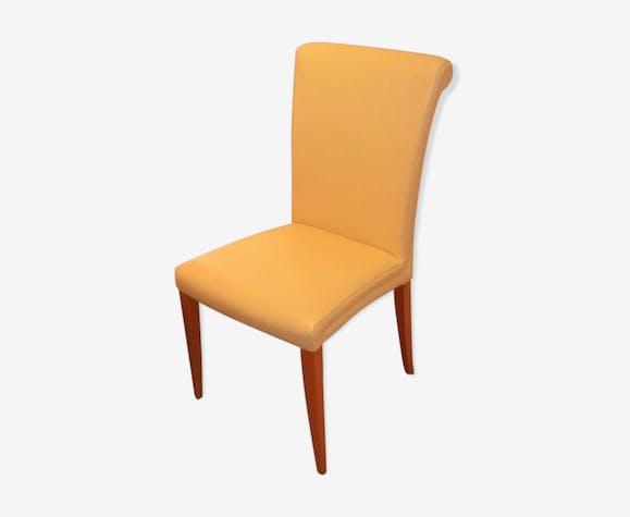 Chaises Poltrona Frau vittoria  en cuir jaune