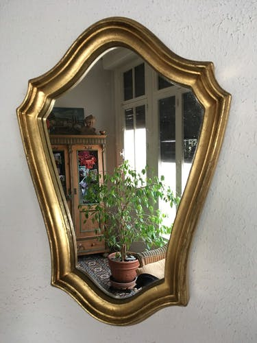 Mirror with gilded wooden frame 32 x 45cm