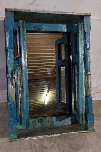 Ancienne fenêtre en teck