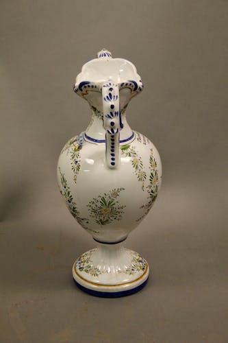 Vase forme balustre faiencerie d'art d'Angoulême le Renoleau