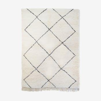 Blessed Berber carpet ouarain 204 x 144 cm