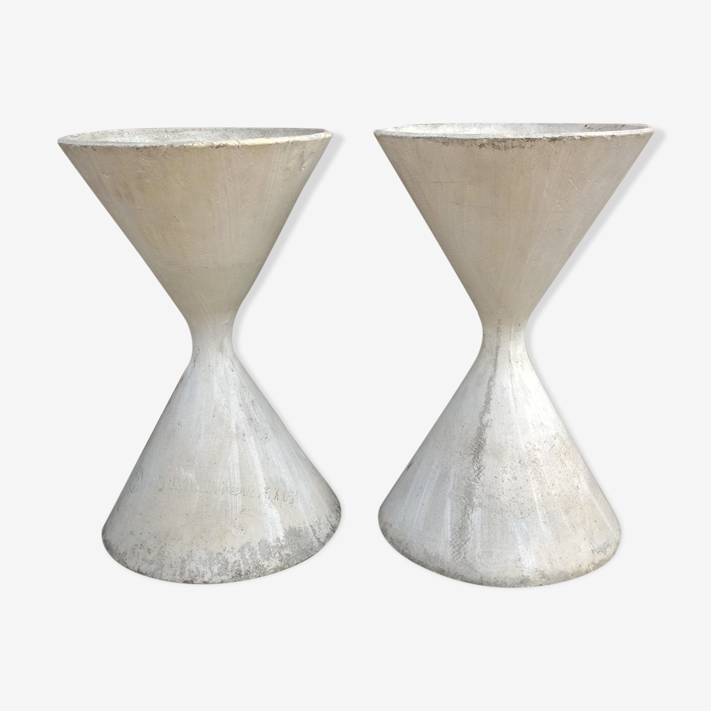 Diabolo planters Anton Bee and Willy Guhl for Eternit, created 195