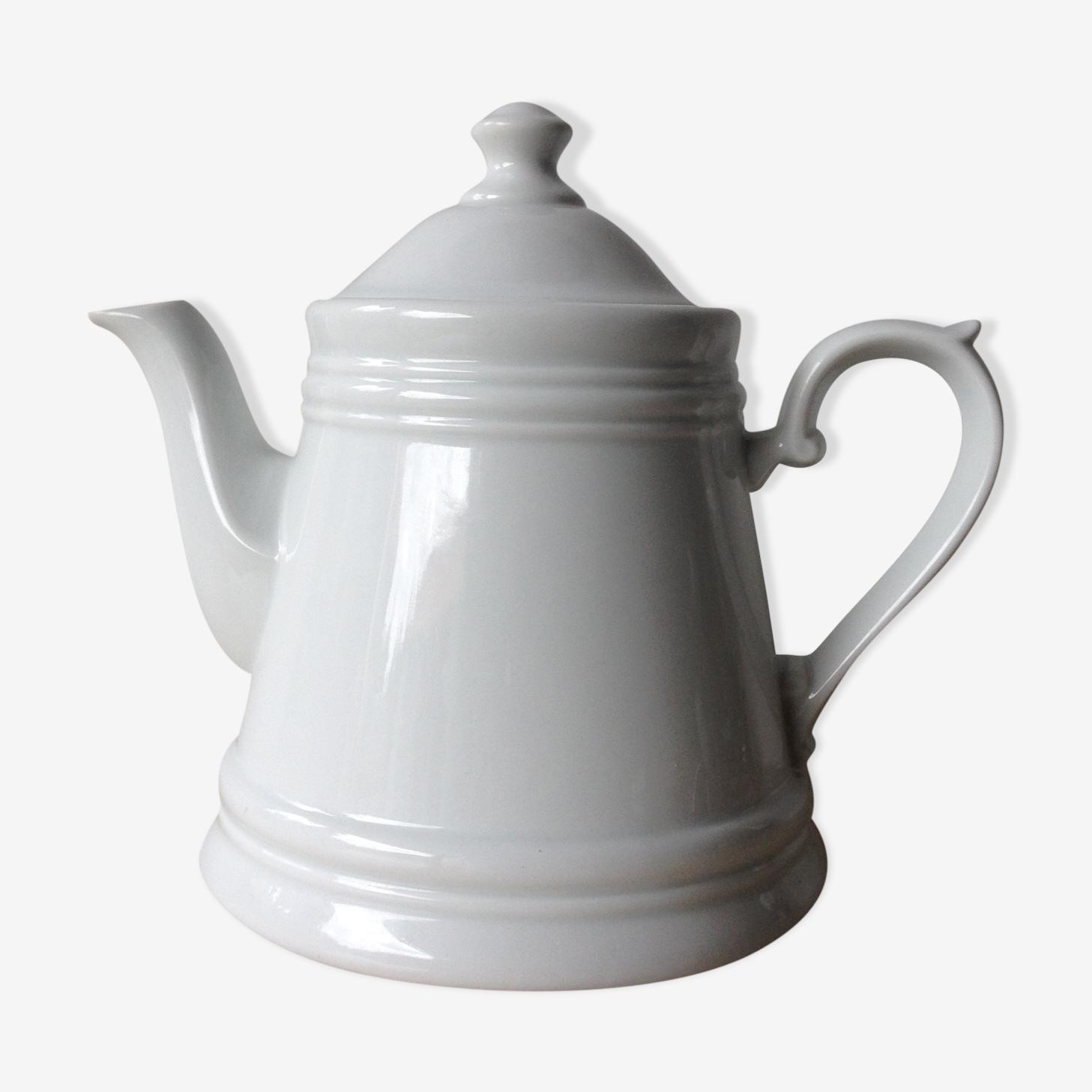 Teapot white earthenware -West Germany