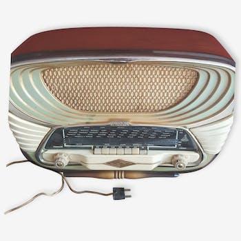 Family radio stormy 640
