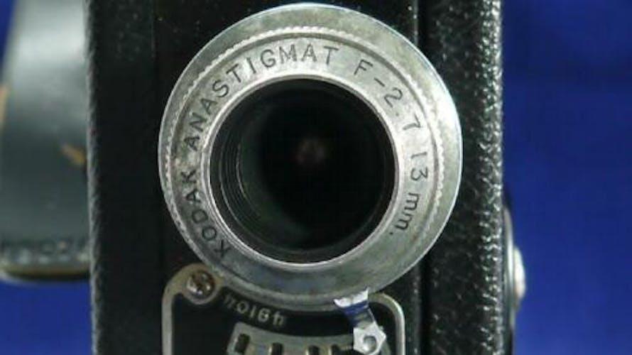 Camera cine kodak film 8 anastigmat modele 25 f 2.7 13 mm usa etui