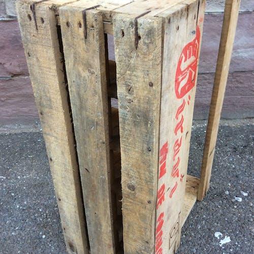 Caisse vintage en bois vin kiravi